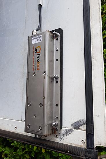 Beveiliging van de laadruimte van een vrachtwagen met en openslaande deur met een LimoLock